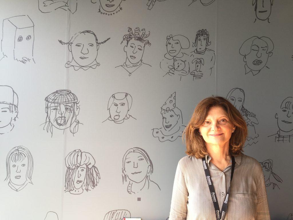 Entrevista de Cristine Conforti, diretora do programa brasileiros da escola Avenues, para o jornalista Morris Kachani